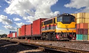 Pociąg z wagonami kontenerowymi
